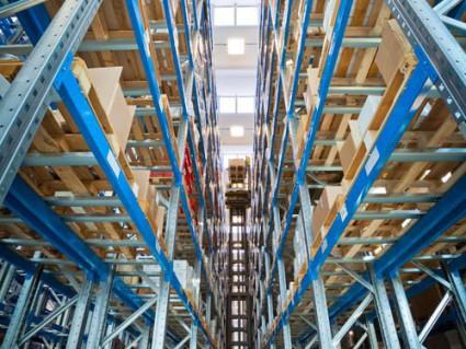 Beispiel Logistikbeleuchtung LED Leuchten von AWSystems Krefeld